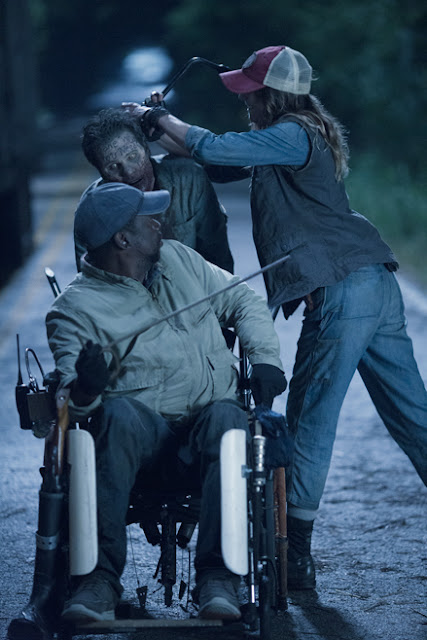Wendell (Daryl Mitchell) e Sarah (Mo Collins) nell'episodio 13