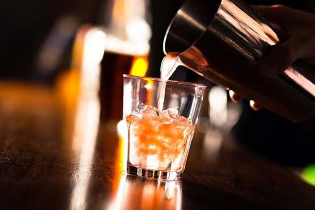 Adolescentes de 12 e 13 anos passam mal após ingerirem bebida alcoólica na região de Sousa-PB