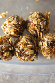 Peanut Butter Banana Oatmeal Bites: Savory Sweet and Satisfying