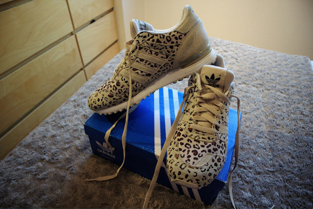 Adidas Originals ZX 700 Leopard Cheetah Retro Running Sneakers Shoes