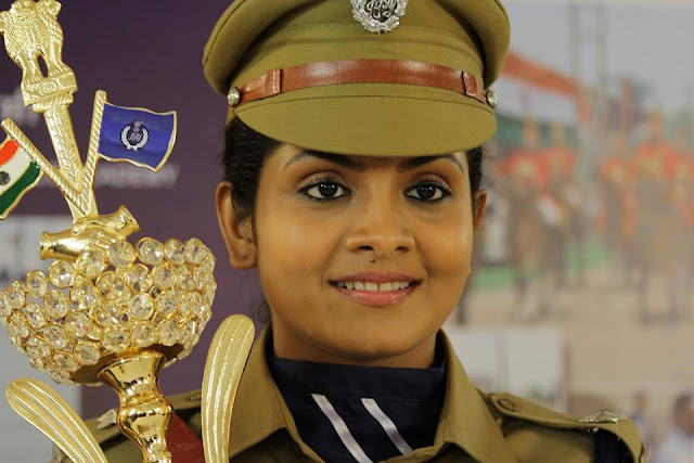 Gayathri Arun as Deepthi  IPS in Parasparam Serial