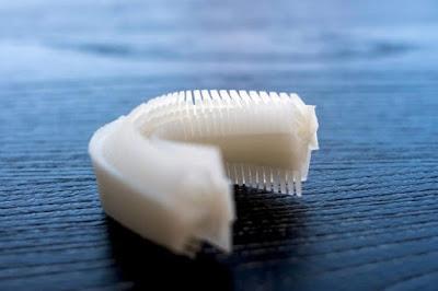 فرشاة أسنان تنظف أسنانك فى أقل من 10 ثوانى