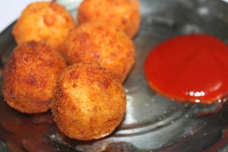croquettes meaning in hindi