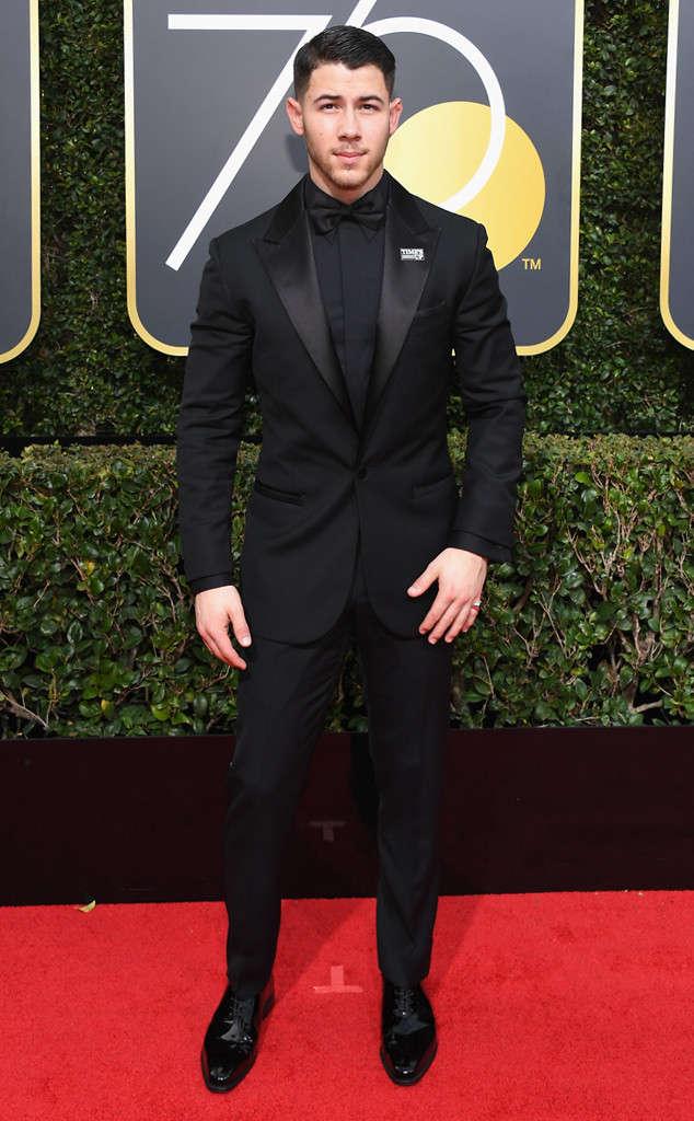 Golden Globes 2018, Red Carpet, Alfombra Roja, Tuxedos, Trajes, Ternos, Hombres, Looks, Outfits, Premiación, Masculinos, Estilismos, Vestir bien, Nick Jonas