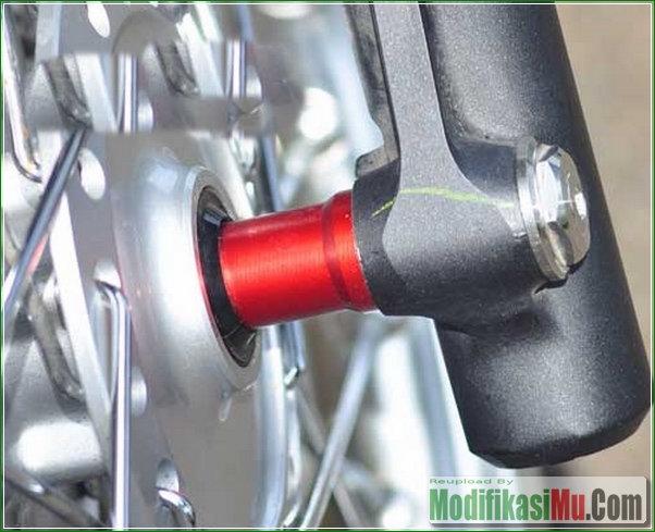 Bushing Tromol Depan Belakang - Modifikasi Honda All New Vario 150 eSP Pelek Jari Jari Ring 17 Gaya Thailook