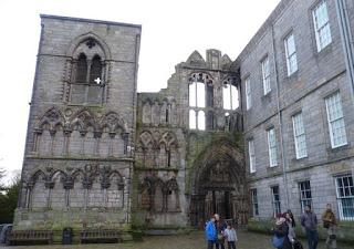 Fachada de la Abadía Holyrood.