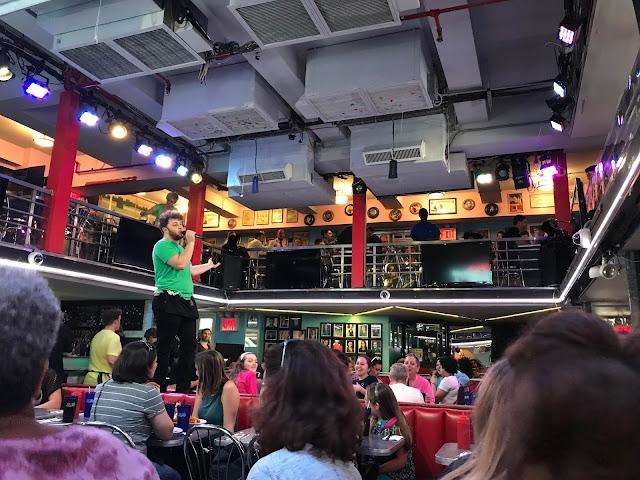 Ellen's Stardust Diner - NYC