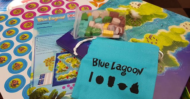 What is in the box for Blue Lagoon game tokens models cloth bag