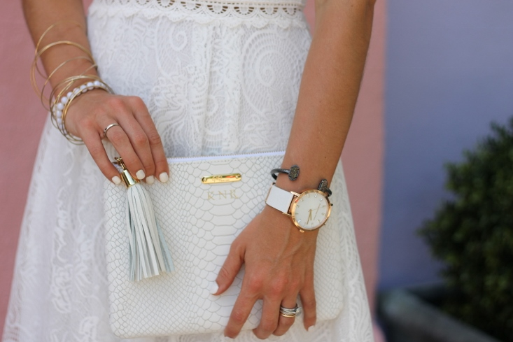 all white monochromatic outfit accessories