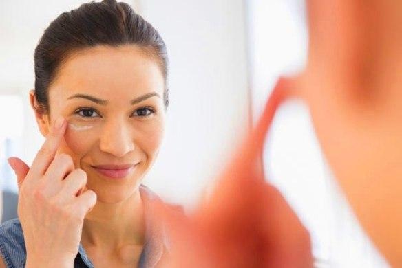 Skincare routine malaysia eye cream
