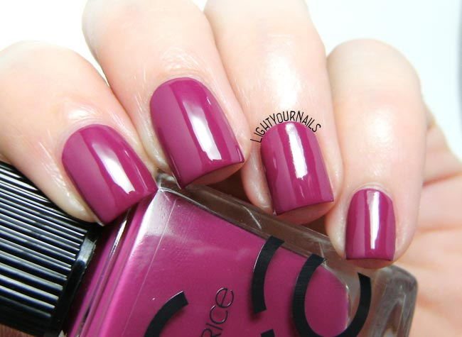 Smalto Catrice ICONails 34 For The Berry First Time! nail polish