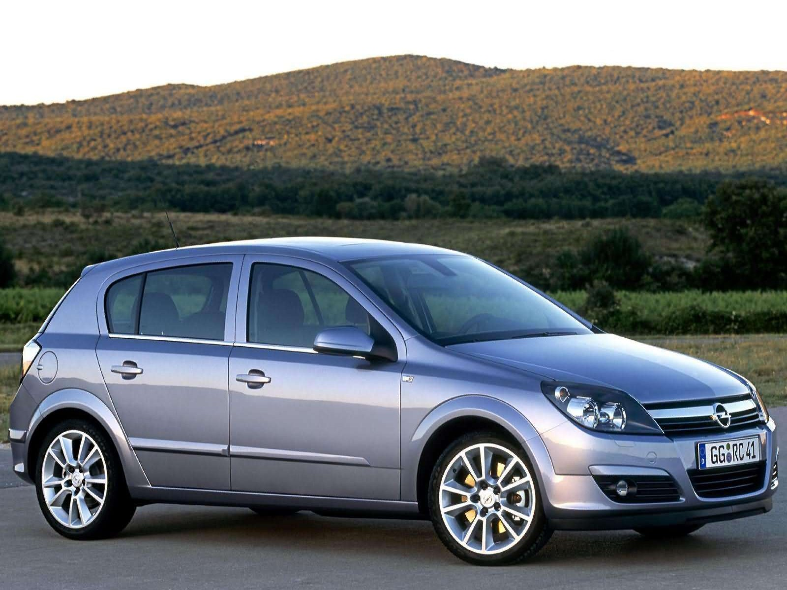 Car And Car Zone: Opel Astra 2004 New Cars, Car Reviews
