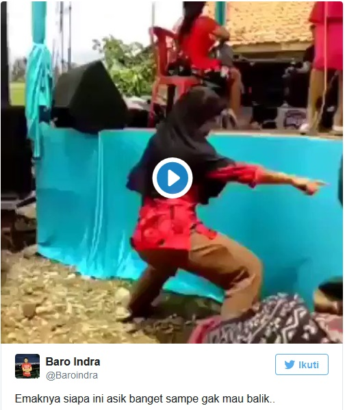 Video Lucu Emak-Emak Goyang Ngebor, Bikin Dunia Maya Geger!