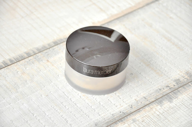 NIESKAZITELNA CERA? PUDER LAURA MERCIER TRANSLUCENT LOOSE SETTING POWDER