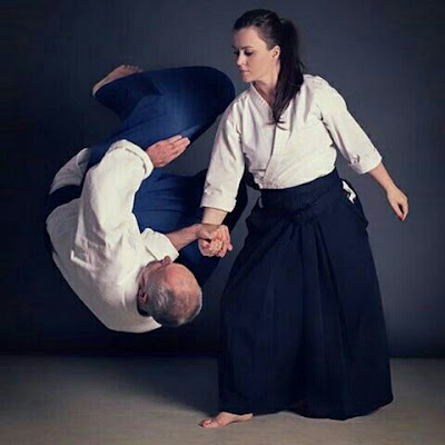 Môn võ Aikido rất phù hợp với thể lực nữ giới