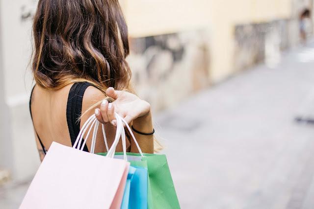 Journée de soldes : Quel sac porter ?