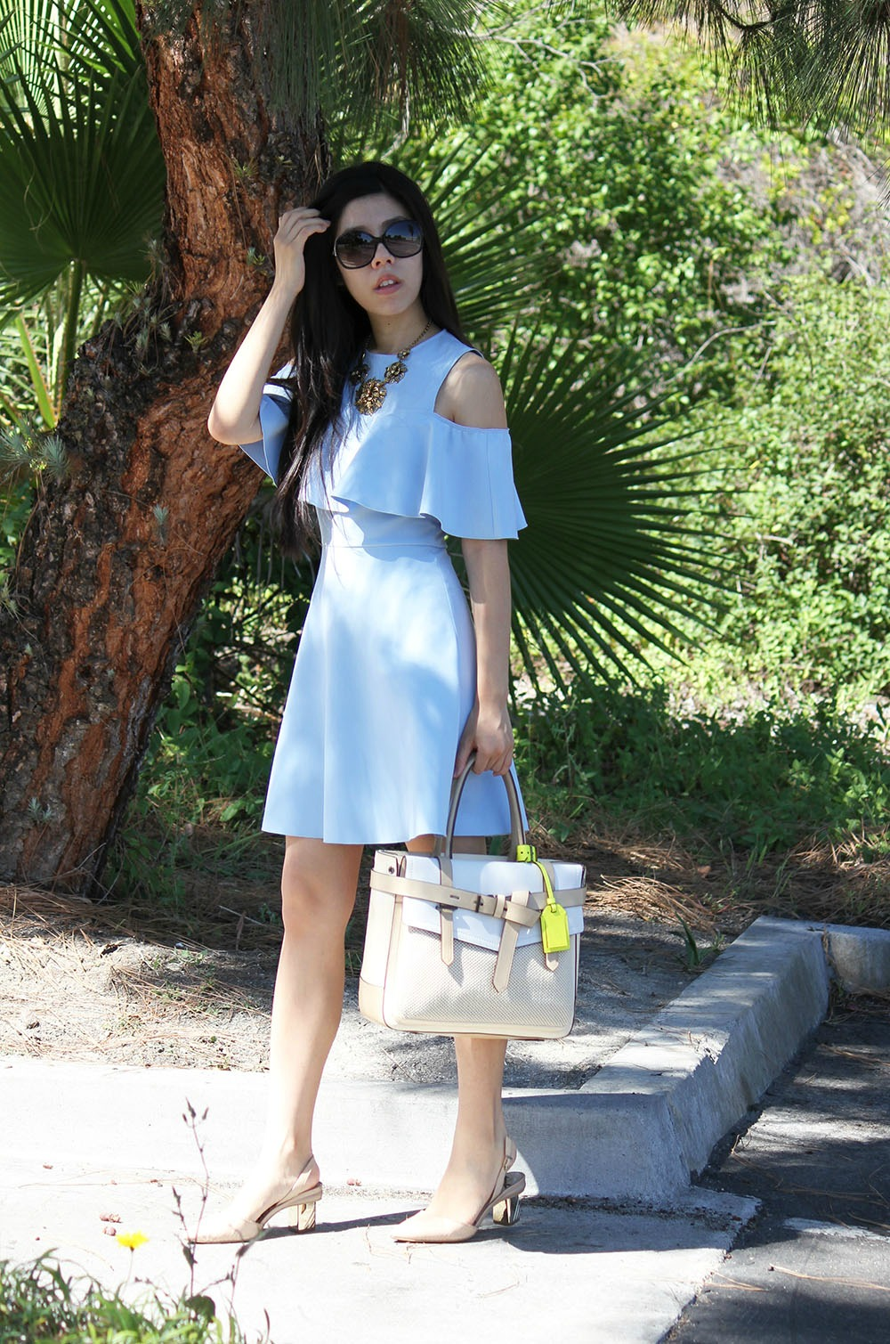 What to Wear to a picnic_ Fashion Blogger _ Adrienne Nguyen _ Pharmacy Student _ Statement Necklace