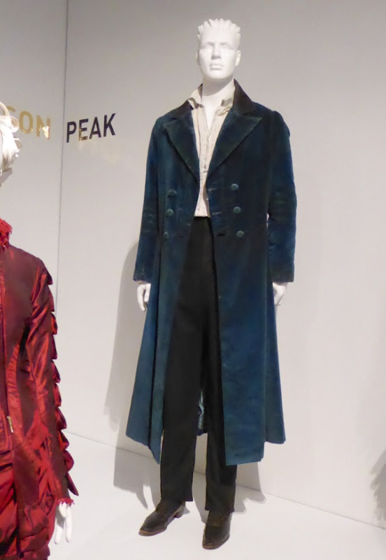 Tom Hiddleston Crimson Peak Thomas Sharpe costume