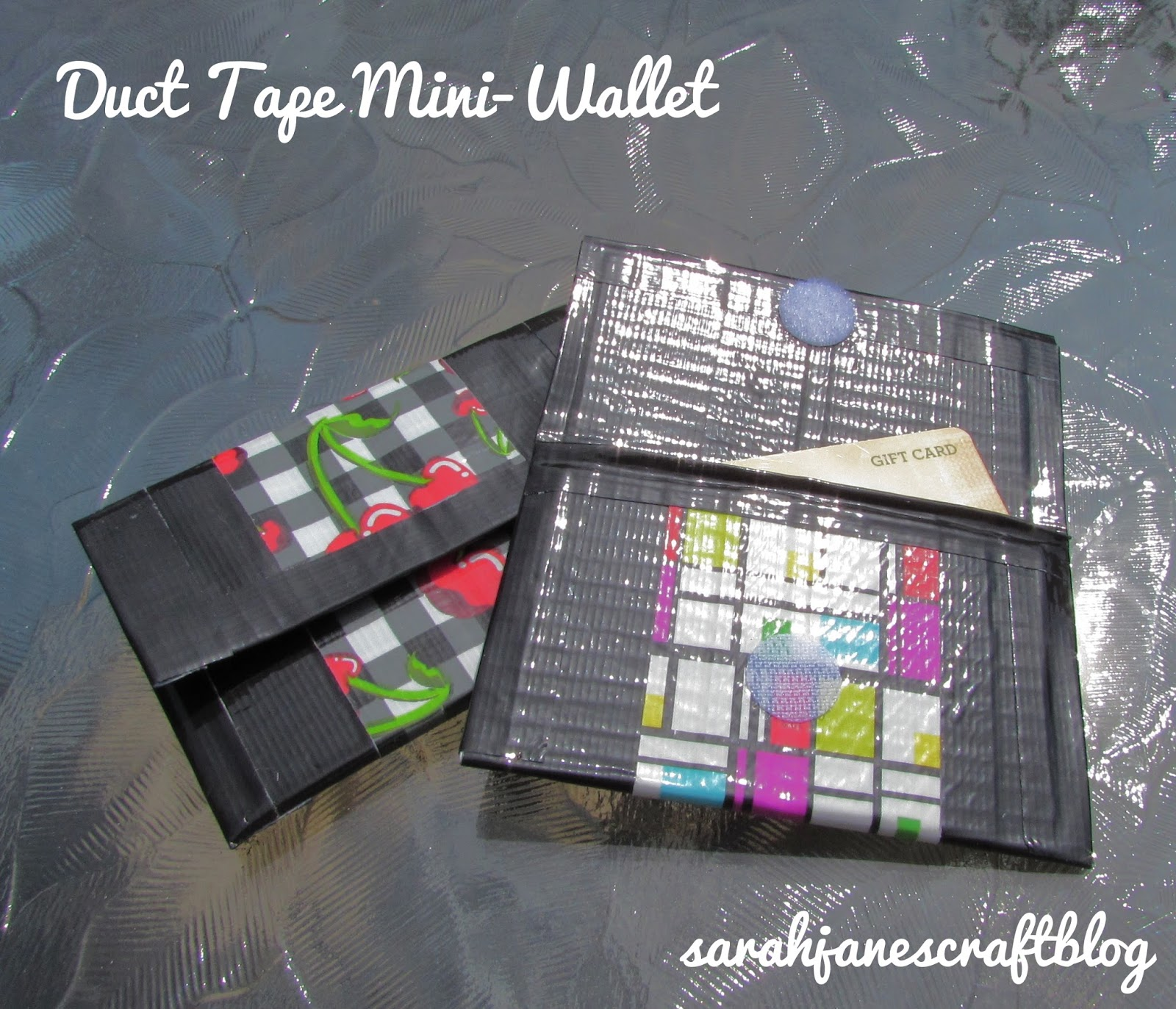 Sarah jane 39 s craft blog duct tape mini wallet for Mini duct tape crafts