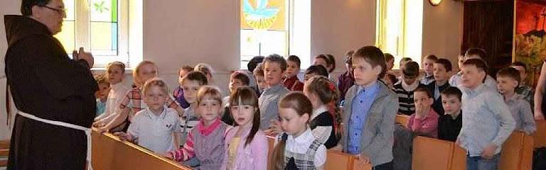 Os franciscanos de Novosibirsk, gerem a única escola católica da Rússia