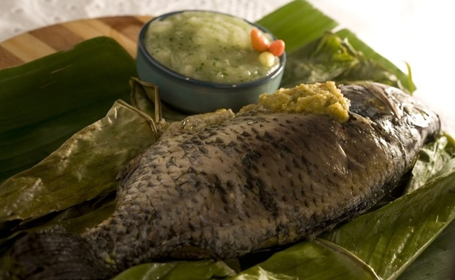 Moqueca de peixe com pirão