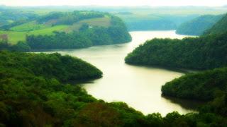 Lago da Usina Hidrelétrica de Itaúba