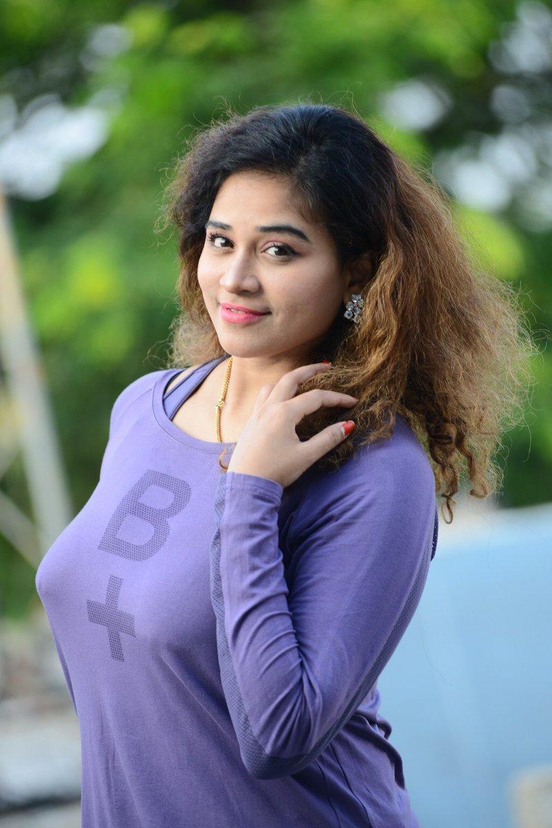 Samantha Hd Wallpapers In Saree Actress Jayathi Hot Photos Gallery