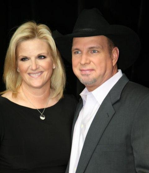 Inside Country: Garth & Trisha Christmas Duets Album