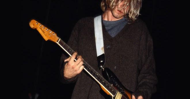 Kurt Cobain, la sua chitarra all'asta su eBay