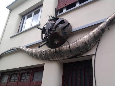 Maison bizarre
