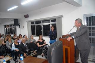 Sessão da Câmara comemorou 27º aniversário da Ilha Comprida com homenagens
