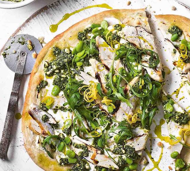 Grіddlеd Chісkеn, Brоаd Bеаn And Rосkеt Pizza Recipe