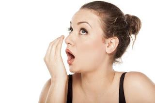 Penyebab dan Cara mengatasi Bau Mulut