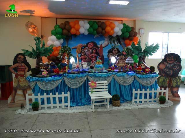 Decoração tema Moana -Mesa de tecido de pano decorada para festa de aniversário