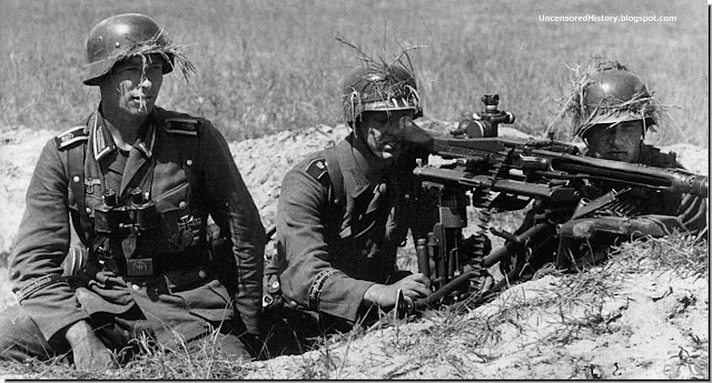 Highly motivated soldiers Gross Deutschland Division with  MG 34 machine gun