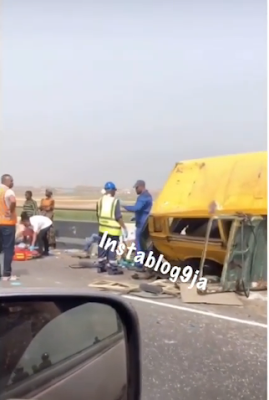 Crash Barrier Stops Danfo From Falling Off The 3rd Mainland Bridge In Lagos