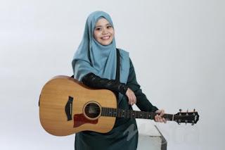 Najwa Latif Satu Hari Nanti