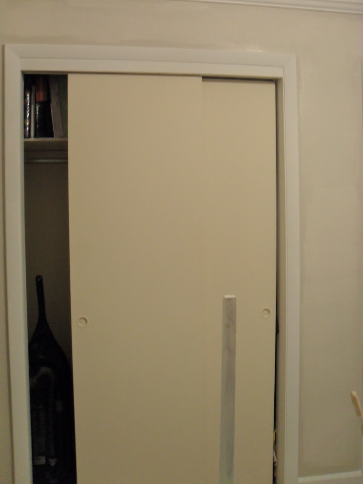 The Remodeled Life: Closet Doors and Magnetic Paint