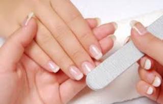 Tips Manicure Di Rumah Sendiri