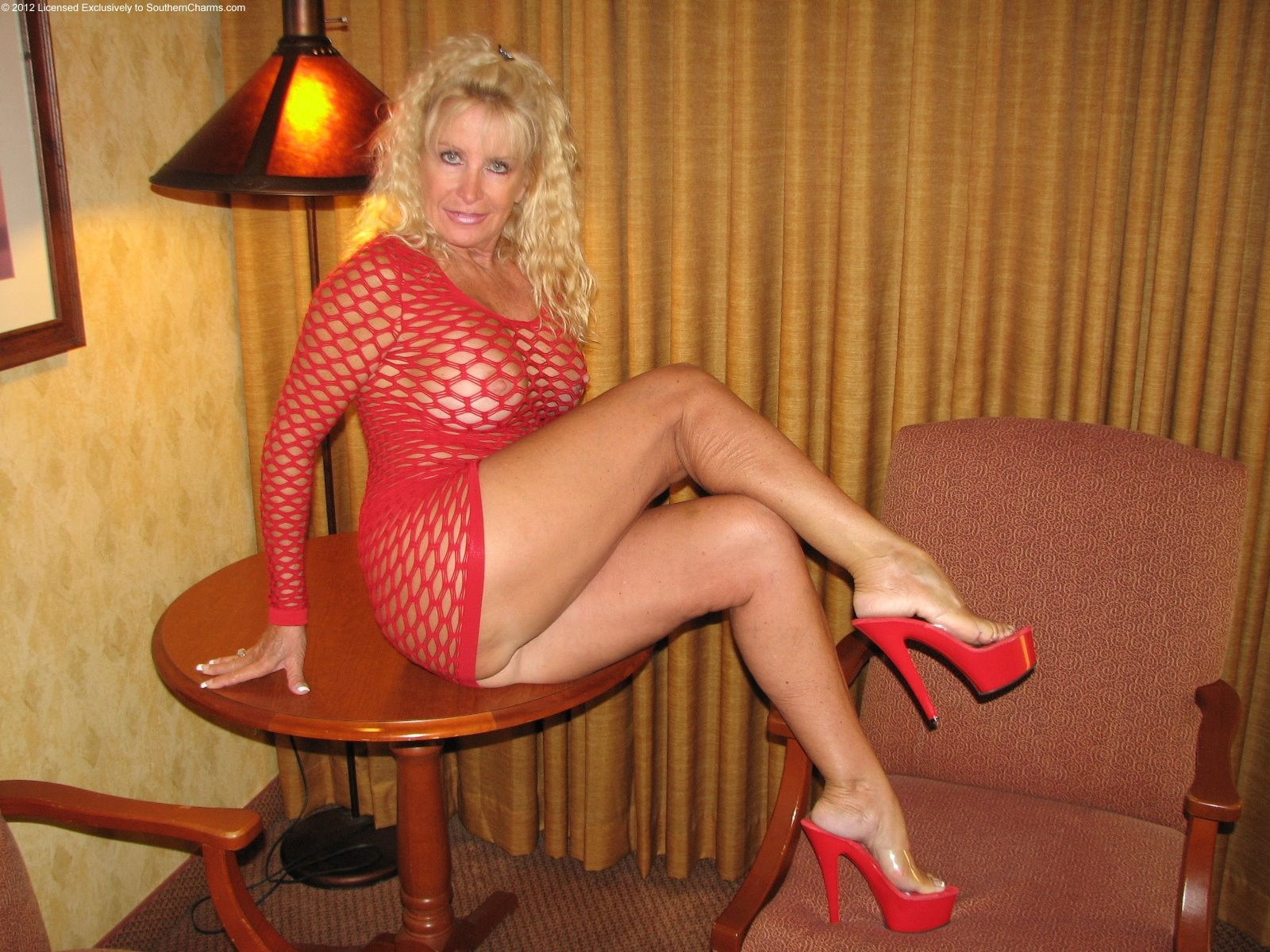 Southern Milfs 35163  Southern Charms Golden Girl-9159