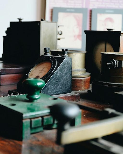 barang-barang antik jurnalistik yang dimuseumkan