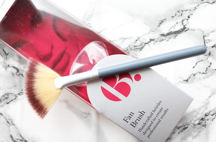 B. Fan Brush review
