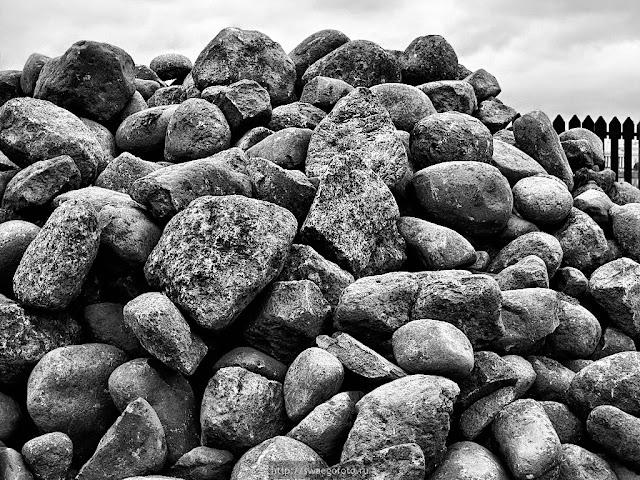 Камни Петропавловской крепости