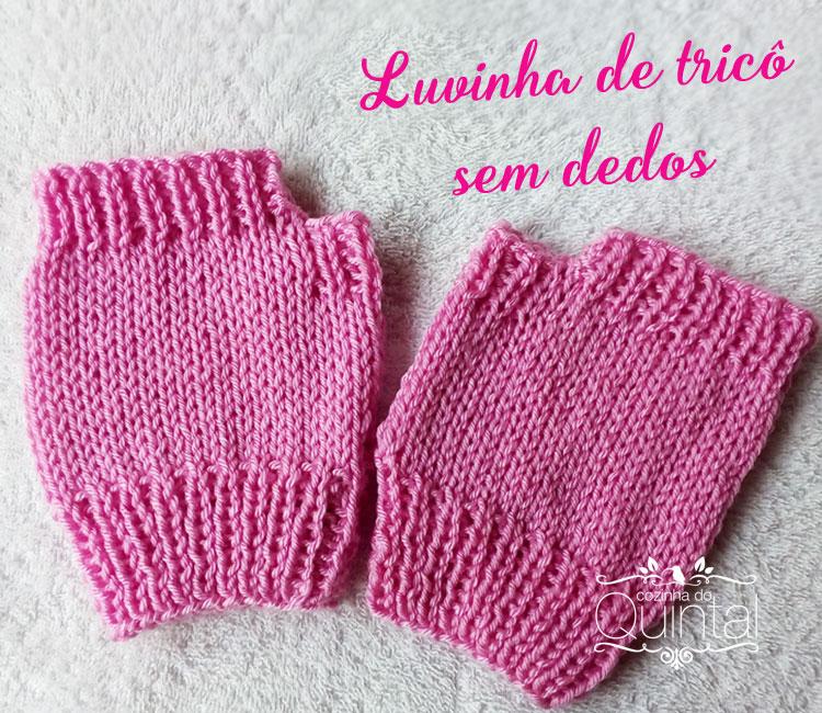 Luvinhas de tricô sem dedos são perfeitas para teclar.