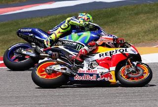 Rossi vs Marquez MotoGP Silverstone Inggris Minggu 4 september 2016