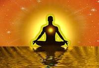 Celui qui agit et qui vit sans confiance en La Lumière, détourne l'action céleste qui le maintient et l'anime continuellement.
