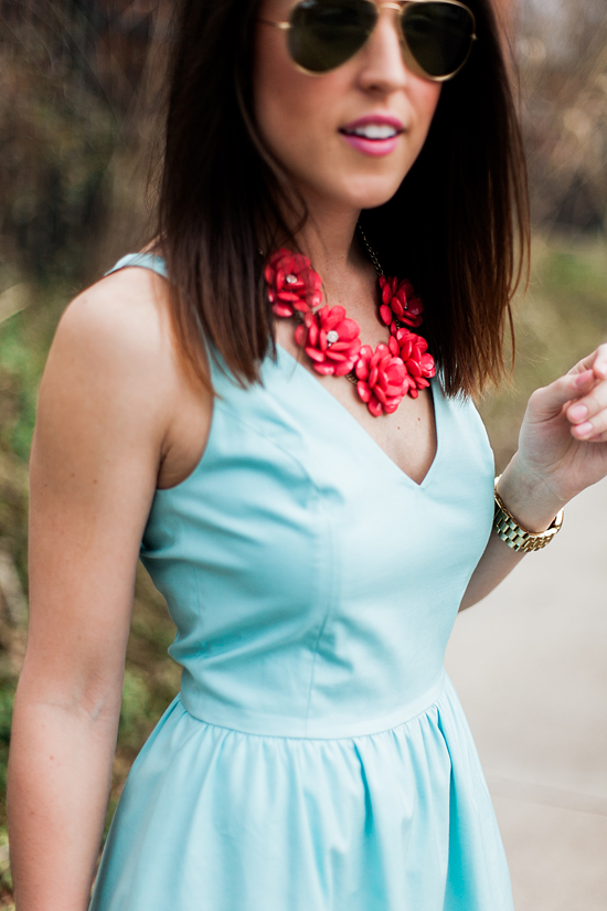 Here&Now: bloom flower necklace