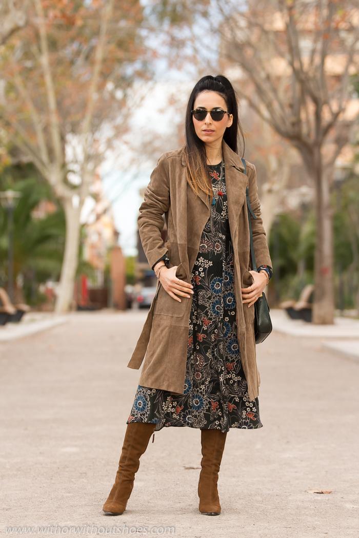 BLogger de moda valenciana con estilo simpatica guapa