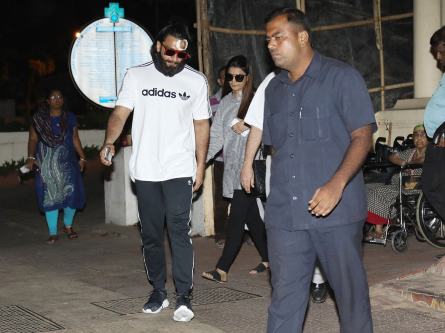 Ranveer Singh Spotted Outside Lilavati Hospital