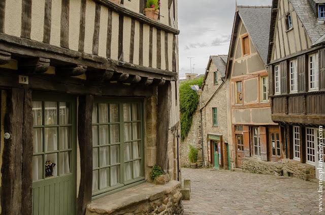 Pueblos y ciudades bonitos Francia Bretaña Normandia viaje coche